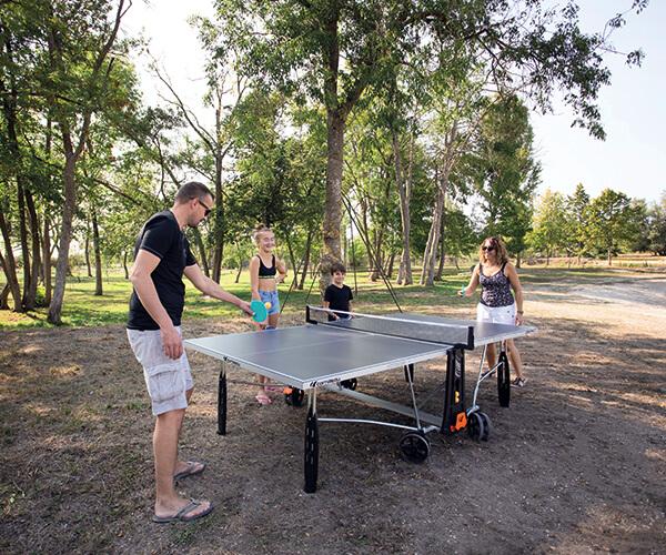 Loisir-table-ping-pong-famille-etangsdelabassee
