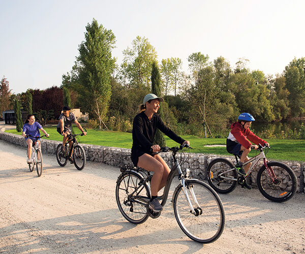activites-domaine-etangdelabassee-balade-a-velo-tourisme-sports-exterieurs