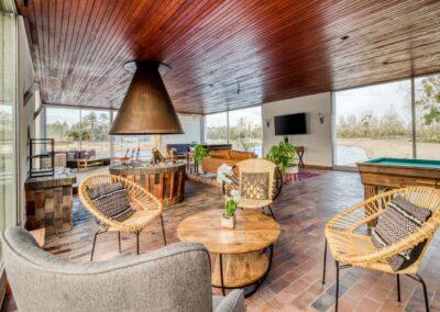 Villa-carpe-diem-interieur-salon-etangsdelabassee