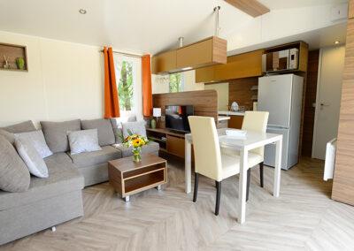 Le Chalet chambre deux lits simples etangsdelabassee light 5 2